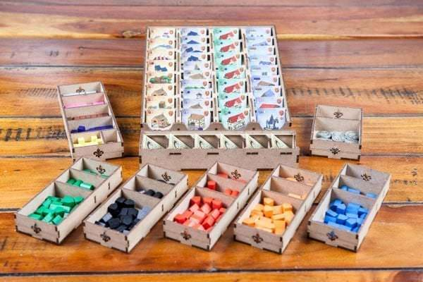 TheDicetroyers_Caylus-01