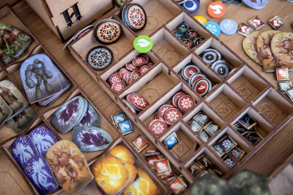 TheDicetroyers_Gloomhaven-13